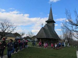 ȘCOALA ALTFEL. Elevii din Negrești-Oaș descoperă tradițiile la Muzeul în aer liber (17)